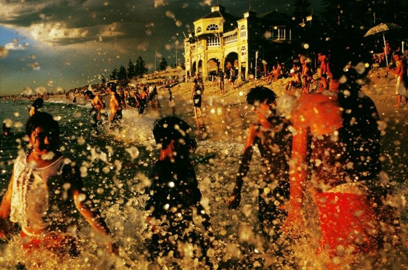 Splash, Cottesloe, W.A. 2004