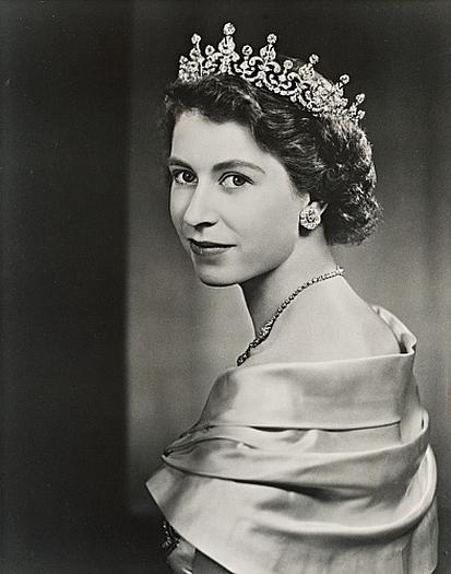 queen elizabeth ii vintage black and white photograph 50 x 40 cmQueen Elizabeth 1 Black And White